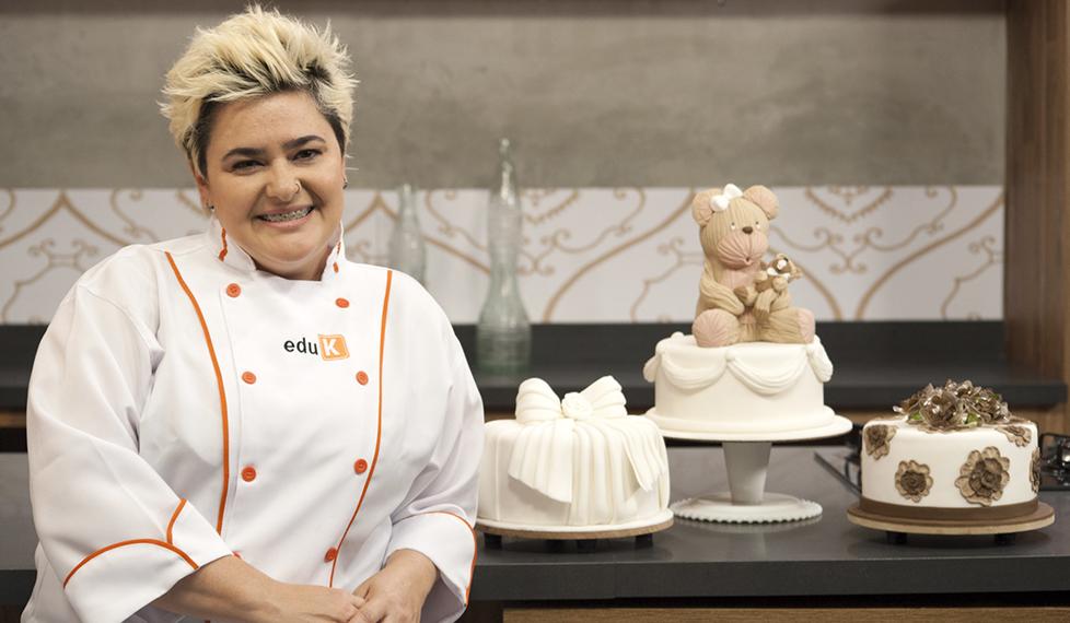 Pasteles decorados básicos, con Ana Elisa Salinas